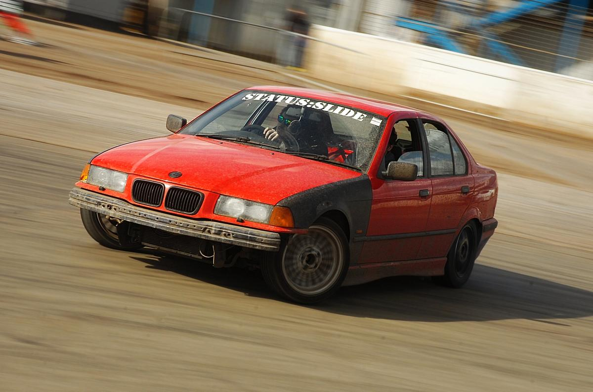 886e3d-20150411-norfolk-arena-james-hipkiss-DSC_7170
